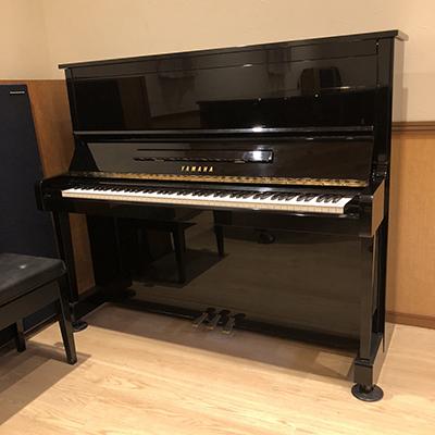 クラヴィアート音楽館のアップライトピアノ